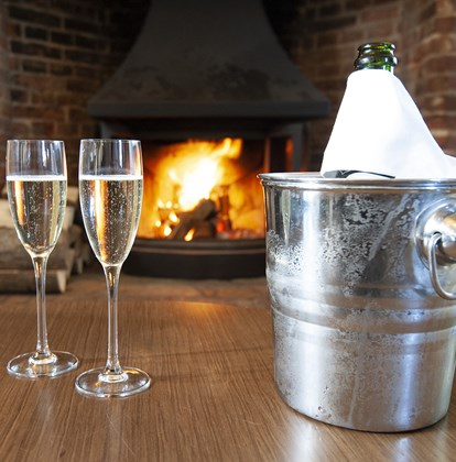 Sparkling Spring and Seafood at the Crown and Castle Orford